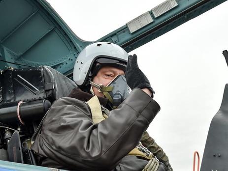 Порошенко привітав штурманську службу авіації ВПС ЗСУ з професійним святом - Цензор.НЕТ 7792