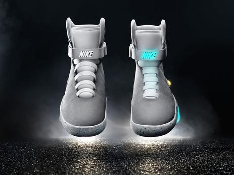 Nike представила самозашнуровывающиеся кроссовки из фильма