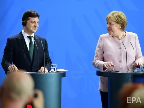 Інцидент не вплинув на перебіг перемовин Меркель і Зеленського