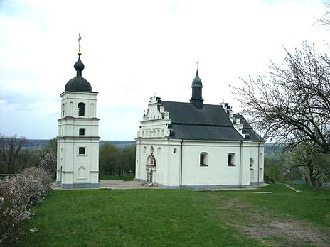 Объект, похожий на склеп, обнаружили под церковью в Суботове