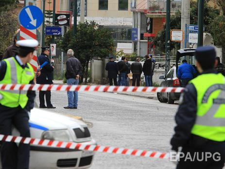 В центре Афин взорвалась бомба,которая  с таймером была оставлена в рюкзаке у входа в бизнес-центр.