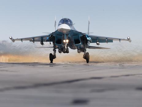 Российские бомбардировщики в Сирии будут летать под прикрытием истребителей (ВИДЕО)