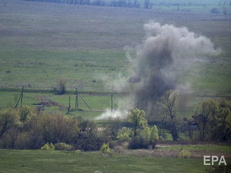 На Донбассе боевики обстреляли санитарный автомобиль: один украинский боец погиб и двое ранены