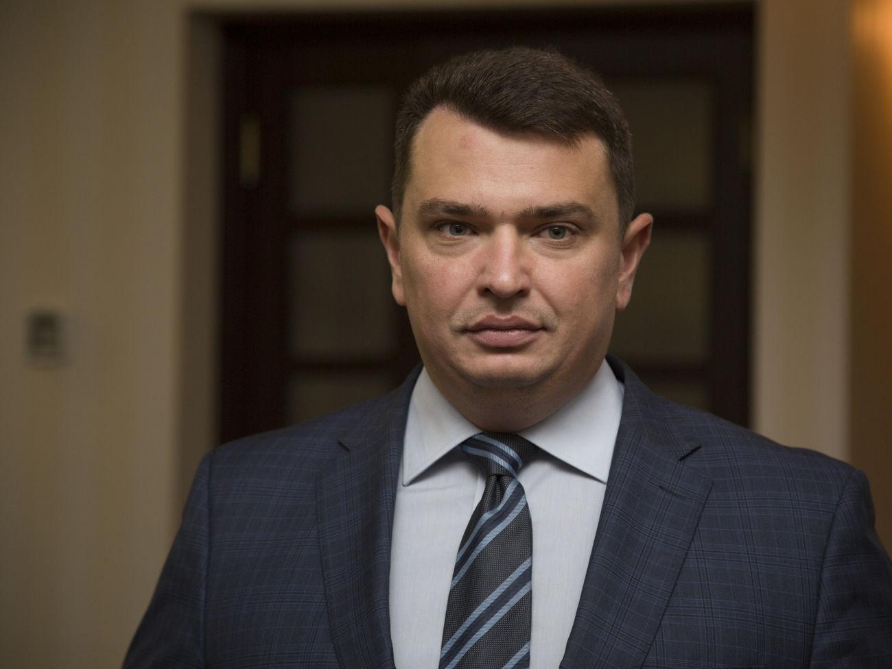 Сарган: Директору НАБУ на трассе зачитали протокол о коррупции, дело п