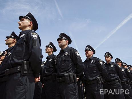 Неизвестный бросил гранату в наряд полиции