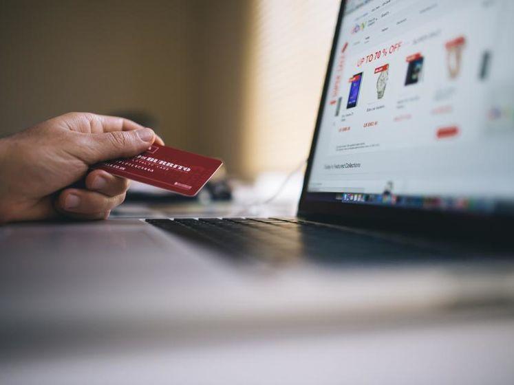 взять кредит в сбербанке онлайн заявка на банковскую карту без поручителей и справок