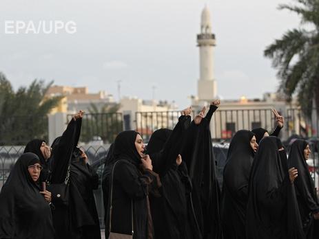 Бахрейн разорвал дипотношения и прекратил авиасообщение с Ираном