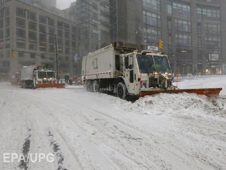 Жертвами снежного шторма в США стали 12 человек