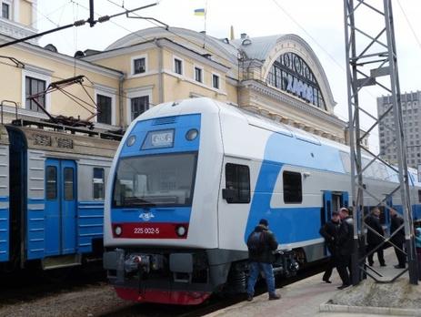 В Украине возвращают на маршрут двухэтажный поезд