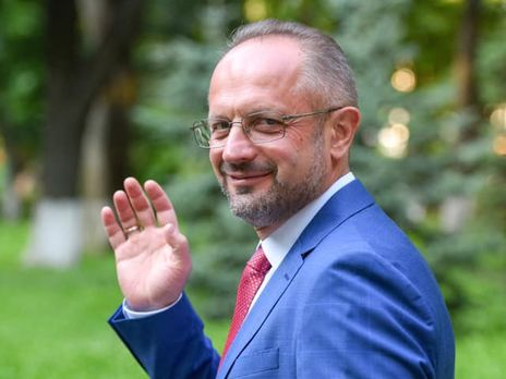 45 tn - Зеленский уволил Безсмертного с должности представителя Украины в подгруппе по политическим вопросам на переговорах в Минске