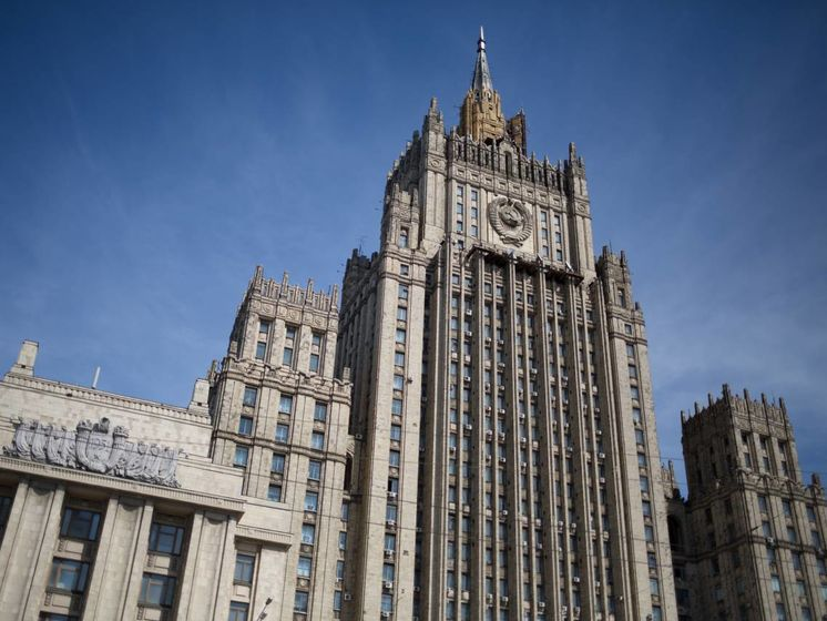 У МЗС РФ заявили, що рішення влади Праги прибрати пам'ятник Конєву  «не залишиться без відповіді»