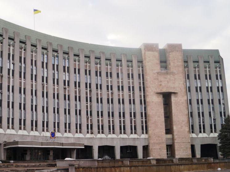 Горсовет Днепра обыскивают в связи с делом о хищении средств, в том числе при ремонте моста – СМИ
