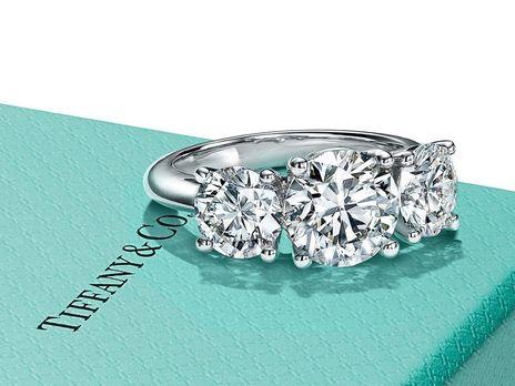 Соглашение о слиянии Tiffany и LVMH пока не подтверждено