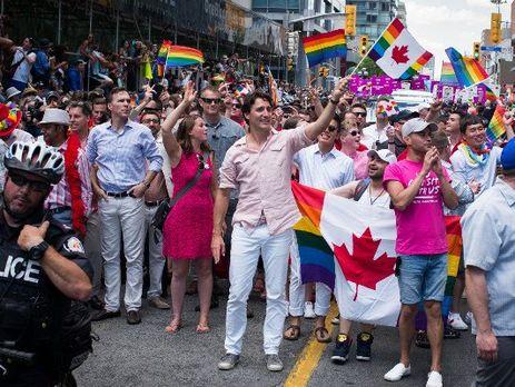 Геи канады видео фото 57-648