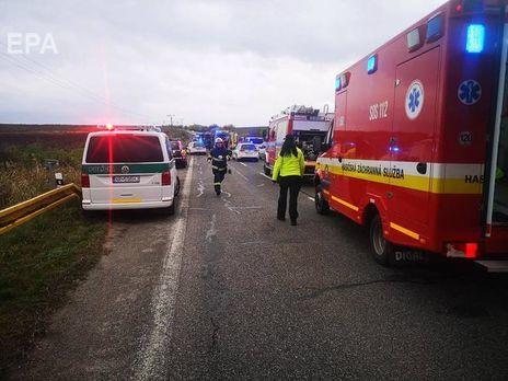 Щонайменше 17 людей дістало поранення у ДТП