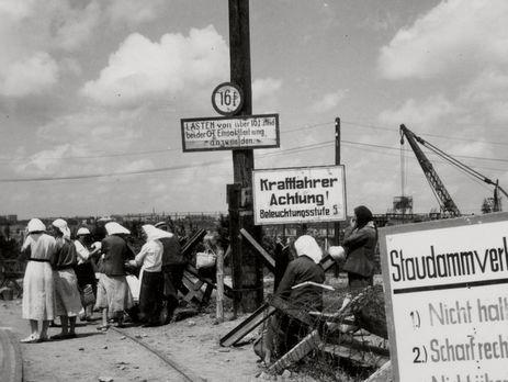 Хорошунова: Простая логика вещей говорит о том, что чем больше территория занятая немцами, тем больше нужно сил, чтобы удерживать народ на ней в повиновении