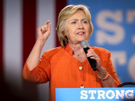 Клинтон опережает Трампа на12% попопулярности уизбирателей США