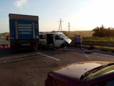 Два человека погибли натрассе «Дон» вДТП смикроавтобусом
