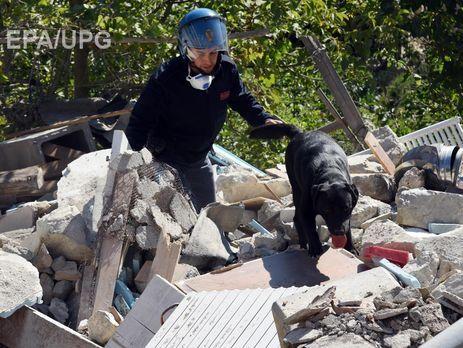 Порошенко предложил Италии помощь украинских спасателей