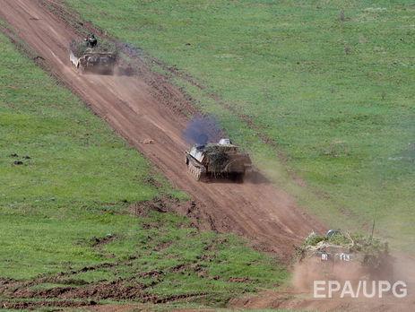 Российская Федерация перебросила наДонбасс 260 эшелонов бронетехники, утверждают вКиеве