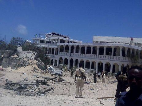12 человек погибли при взрыве упрезидентского замка вСомали