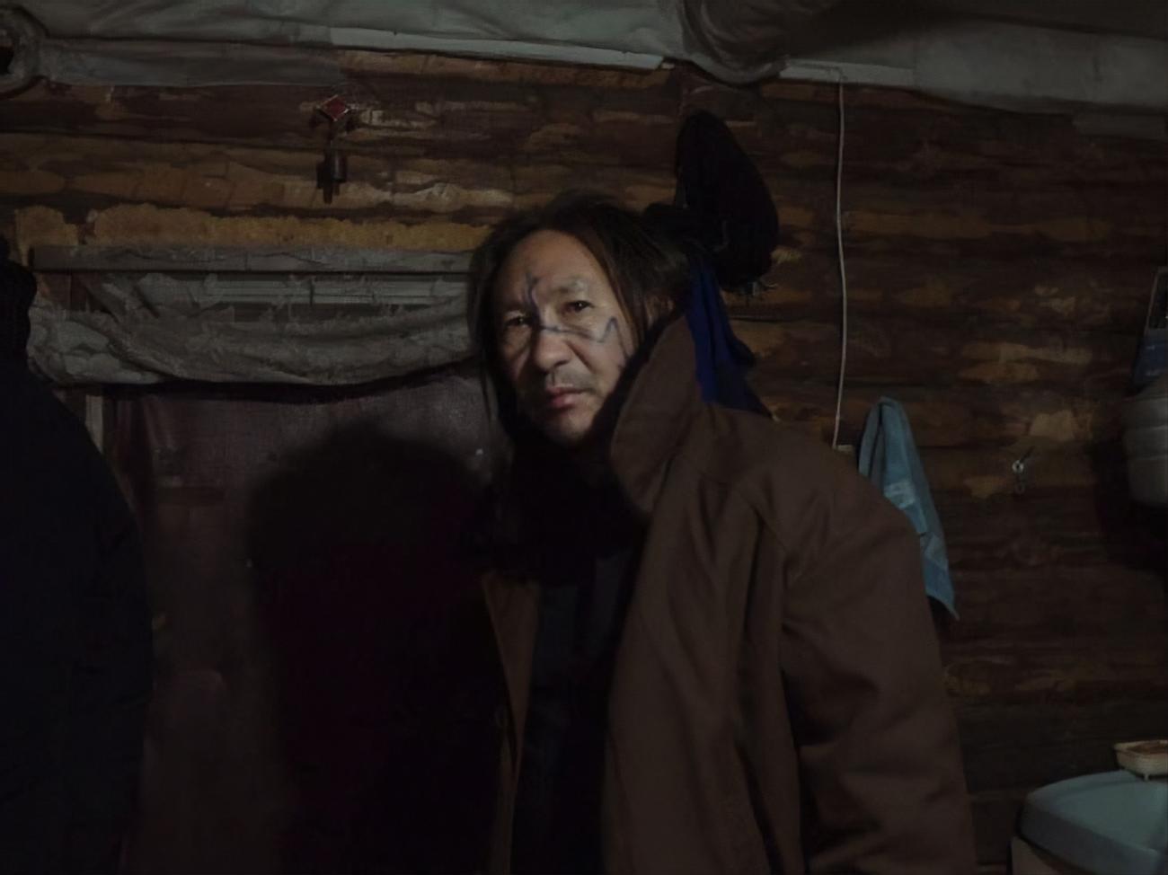 """Якутського шамана, який знову пішов """"виганяти"""" Путіна і якого затримали, відпустили під підписку про невиїзд"""