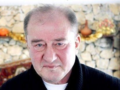 Участник пикета взащиту Умерова задержан вПитере