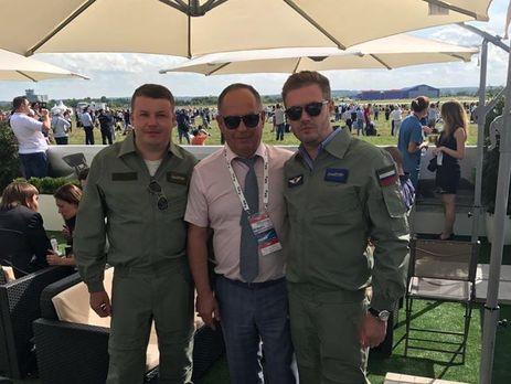 Попова (справа) уволили с должности через шесть дней после назначения