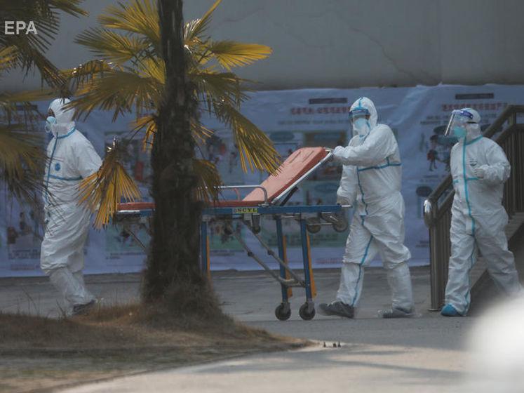 Китайська влада випустила рекомендації для іноземців через поширення нового вірусу