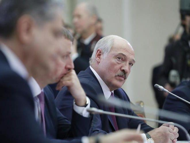 Лукашенко заявив, що Росія не дозволяє постачань нафти з Казахстану в Білорусь