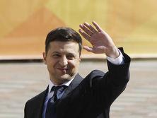 Зеленский отпраздновал день рождения в Офисе президента, первый тост говорил Разумков – СМИ
