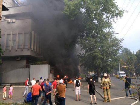 Из-за пожара в помещении канала «Интер» задержали шесть человек