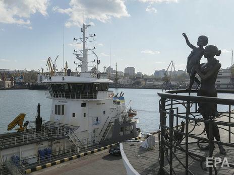 В Одесском порту ждут прибытия судна из Китая