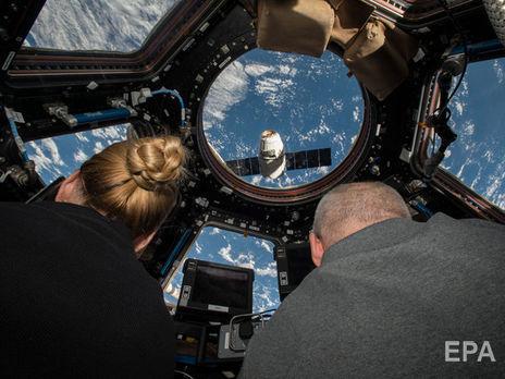 SpaceX готовится отправить в полет космических туристов в 2021 году