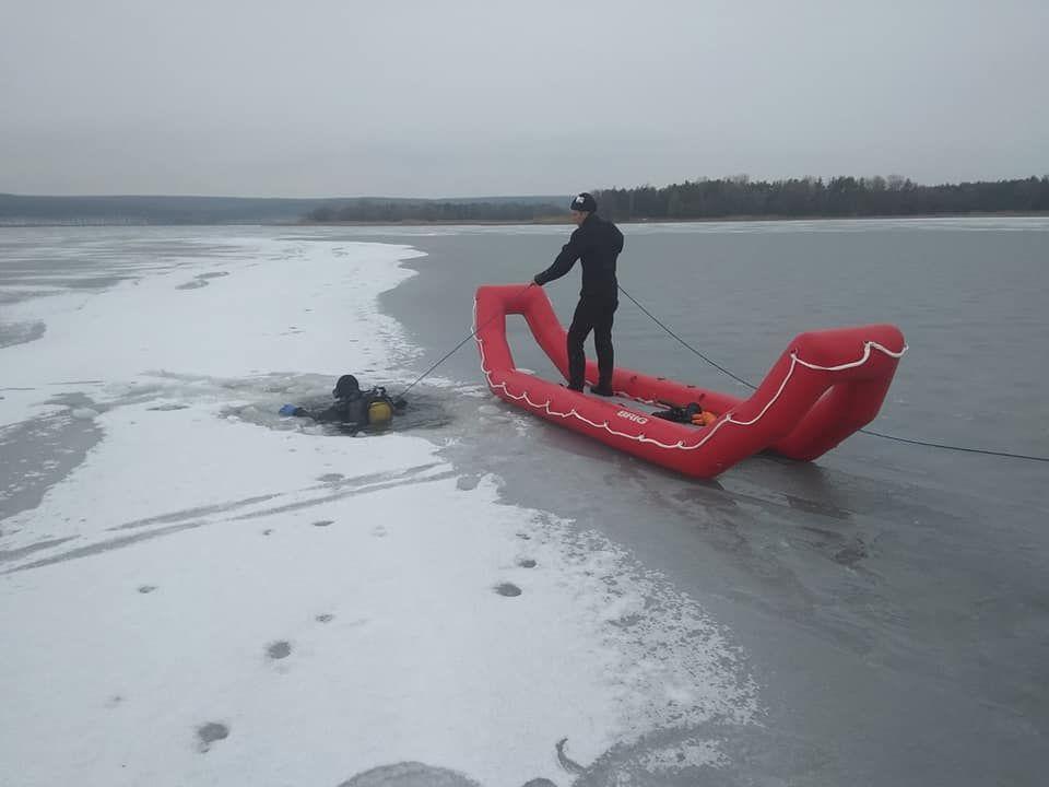 В Харьковской области три рыбака погибли, провалившись под лед