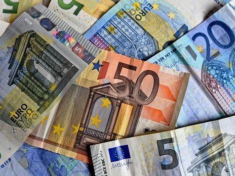 НБУ установил курс валют на 3 марта