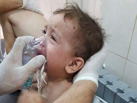 ВСирии скинули бочковые бомбы сядовитым хлором, десятки пострадавших
