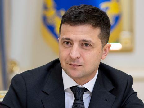 Зеленский призвал украинцев вернуться встрану вближайшие три дня