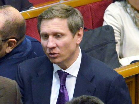 Три политика сообщили, что были на эфирах с нардепом Шаховым, который заразился коронавирусом. Они идут в самоизоляцию