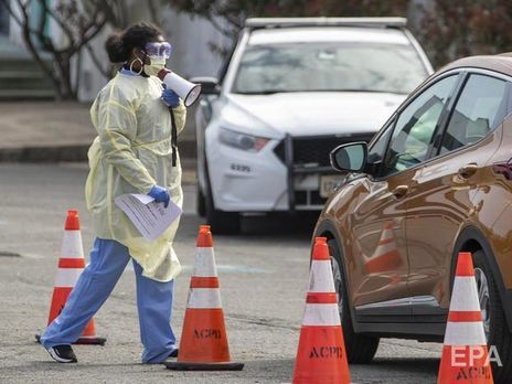 США закрывают границу с Канадой из-за коронавируса