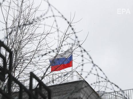 Россия хочет эвакуировать своих граждан из Украины. В посольстве заявили, что желающие уже есть