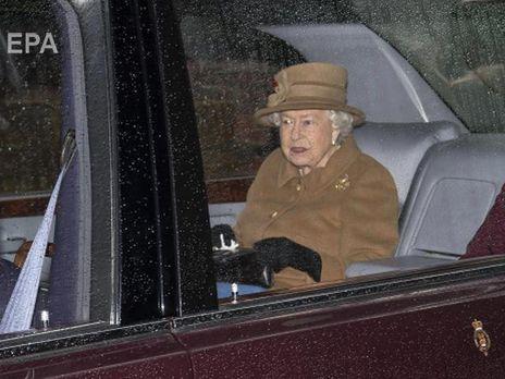 Коронавирус SARS-CoV-2. Королева Великобритании Елизавета II и ее супруг покинули Лондон