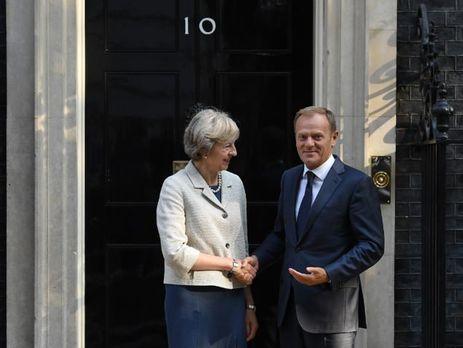 Туск призвал премьера Великобритании как можно скорее начать процедуру Brexit