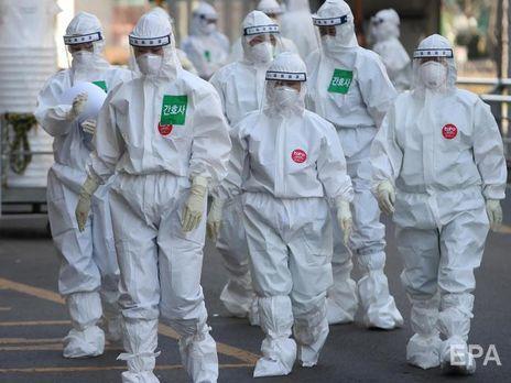 Вспышка нового вируса началась в декабре 2019 года
