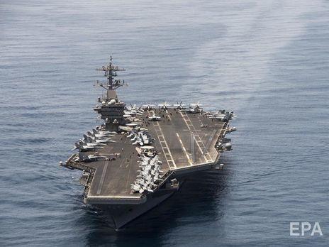 На американском авианосце произошла вспышка коронавируса. Капитан заявил, что сейчас нет войны и моряки не должны погибать