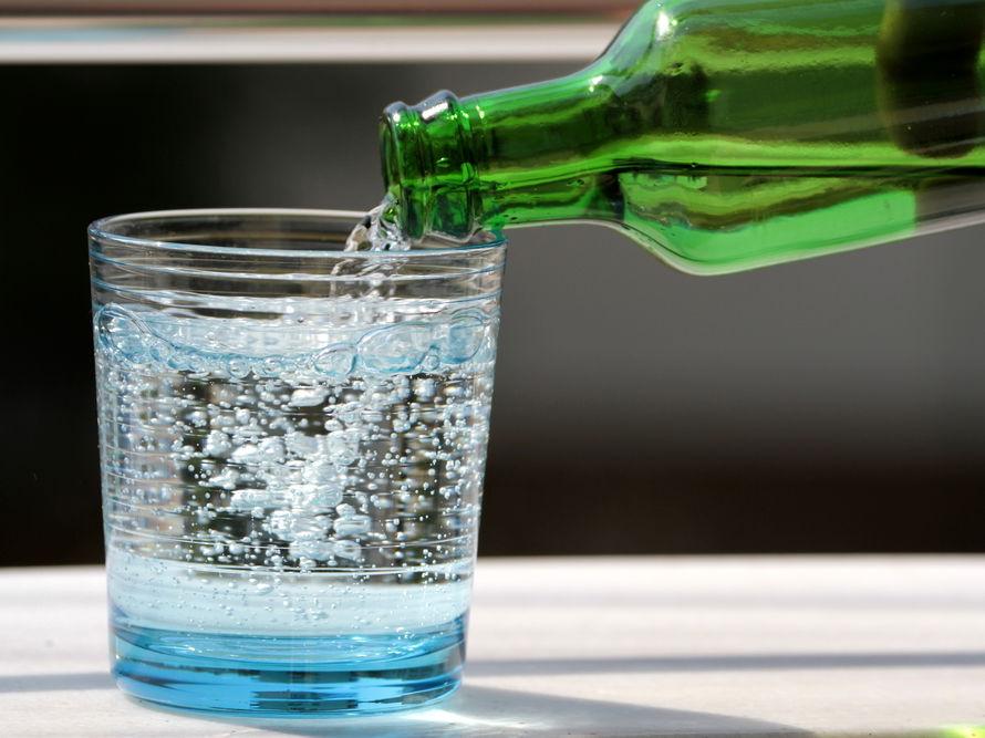 Бодрящий напиток: День рождения газированной воды / ГОРДОН