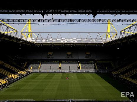 10 футболистов двух ведущих лиг Германии заражены коронавирусом, рестарт сезона могут отложить