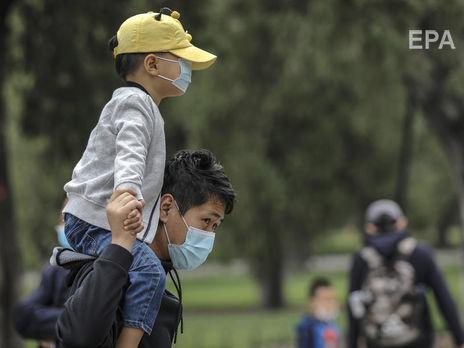 В Китае 22 новых случая COVID-19. Третью неделю в стране не фиксируют смертей от коронавируса