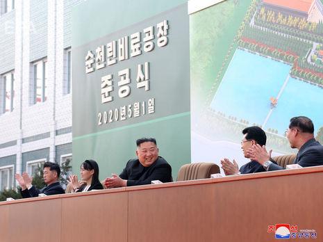 Отсутствие Ким Чен Ына на публике может быть связано с эпидемией коронавируса - разведка Южной Кореи