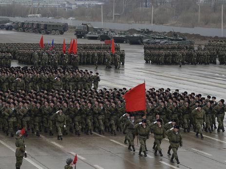 В РФ более более 300 курсантов и офицеров заразились коронавирусом во время репетиций парада к 9 мая – СМИ